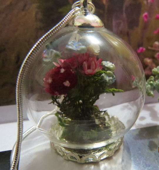 esfera-cogumelo-e-flores-prata